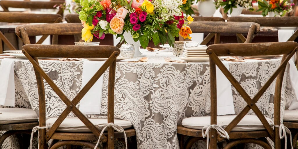 5 Rustic Fall Table Decor Ideas